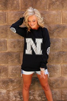 NEBRASKA BLACK AND WHITE ELBOW PATCH TEE