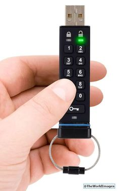Secure USB Drive! Keep your files extra safe! pic.twitter.com/mWEK3yQ4gW