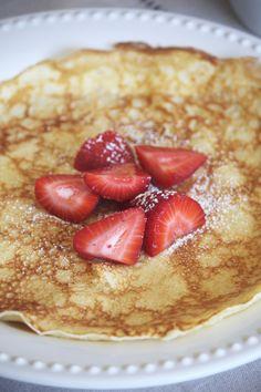 Pancakes For One, Swedish Pancakes, German Pancakes, Breakfast Dishes, Breakfast Recipes, Breakfast Ideas, Swedish Recipes, Morning Breakfast, Learn To Cook