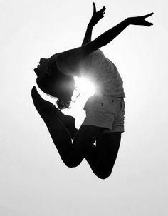 La danse illumine notre vie ! Et la vôtre ?  Marseille Danse Academy