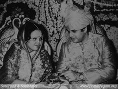 """""""...we lost count of the number of times he made a reference to his wife, showing us her photographs and speaking about her qualities – so ardently, so passionately."""" Today being his birthday, I remember this interview with Sumthimalji Lodha & his wife - a charming couple from Ajmer featured in our column - SoulFood & SoulMates."""