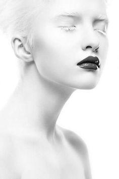 blanc | white | bianco | 白 | belyj | gwyn | color | texture | form | GryuLich