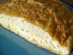Omelette mousseline par Benkku81 Omelette, Four, Banana Bread, Desserts, Hot Appetizers, Kitchens, Tailgate Desserts, Deserts, Omelet