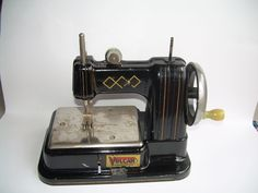 Vintage Vulcan Sewing Machine - Toy