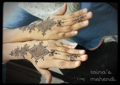 Reflective Mehndi :)