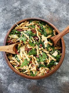 Pasta Salad with Sun-Dried Tomatoes, Artichokes, and Olives-this easy pasta salad is great for potlucks, picnics, or easy meals. #BruschettaRecipe