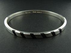 "Taxco Sterling Silver Onyx Striped Inlay Bangle Bracelet 7"" TF-49"