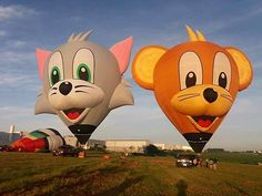 Plano Balloon Festival 2017 Alicia's fly over events not to miss so be in the area if you only have a few minutes (or like me don't like parking and crowds). 8am balloon fly ins, 5:30 Parachute jumpers, 8pm Balloon burn light up and Saturday 9pm Firework Show! Kicking myself for not planning open houses in the neighborhood behind Oak Point for a watching party! The different shaped balloons are really something to see up close though! See the full itenary and links…