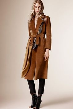 Catwalk photos and all the looks from Burberry Prorsum - Pre Autumn/Winter 2015-16 Ready-To-Wear London Fashion Week