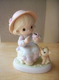 "2000 Precious Moments ""Auntie, You Make Beauty Blossom"" Figurine $25.00"
