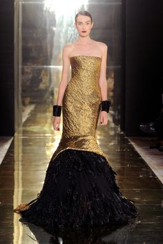 Gold and black:Georges Chakra