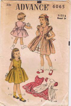 Vintage Kids Clothes, Vintage Girls Dresses, Vintage Outfits, Vintage Clothing, Vintage Fashion, Vintage Couture, 1950s Fashion, Vintage Children, Kids Clothing