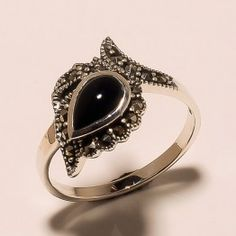 STAMP 925 SOLID STERLING  SILVER  MARCASITE  & BLACK ONYX   RING SZ 9