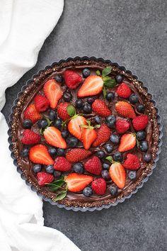 No Bake Chocolate Berry Tart (Gluten Free and Vegan!)