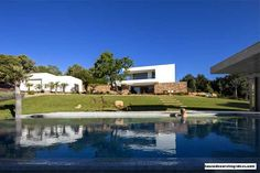 Portuguese Summer Villa With Vast Backyard And Pool - http://www.housedecorating-ideas.com/portuguese-summer-villa-with-vast-backyard-and-pool.html