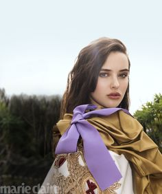Get to know Katherine Langford AKA Hannah Baker, the star of 13 Reasons Why on Netflix. Marie Claire, Zendaya, Celebrity Pictures, Celebrity Style, Beautiful Female Celebrities, 13 Reasons, Photo Archive, Portrait, American Actress