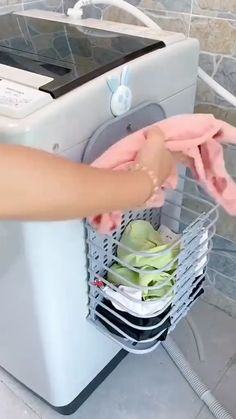 Cool Gadgets To Buy, Home Gadgets, Kitchen Tools And Gadgets, Cooking Gadgets, Kitchen Hacks, Kitchen Organisation, Bathroom Organization, Bathroom Storage, House Cleaning Tips