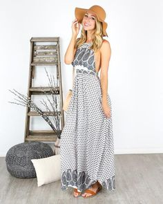 The print on the Like A Charm Maxi Dress takes it to a new level of sophistication for a summer silhouette. We love the  blue, green and dark olive paisley prin