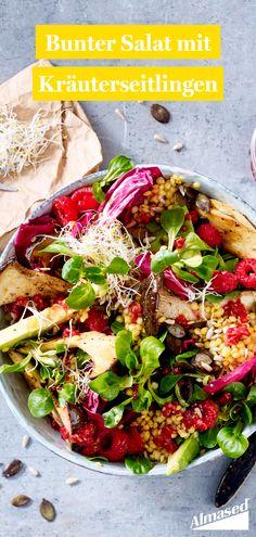 Dieser Salat vereint das Beste aus Spätsommer und Frühherbst: Gebratene Kräuterseitlinge steigern die Vorfreude auf Waldspaziergänge, während uns das fruchtige Himbeerdressing an warme Sommerabende erinnert. 💛  #almased #fragalma #gesundessen #ausgewogenemahlzeiten #salatideen #rezept