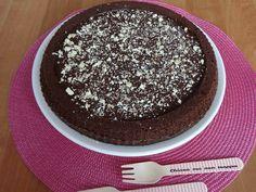 Torta con budino al cioccolato