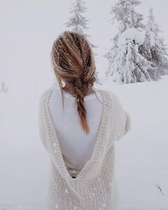 WEBSTA @ livingenjoy - D r e a m i n g ~ of a big snowfall with dancing snowflakes! Winter Songs, Winter Day, Winter White, Winter House, Winter Magic, Winter's Tale, Winter Colors, Winter Photography, Types Of Fashion Styles