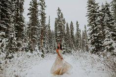 Snowy Banff Elopement via Rocky Mountain Bride Winter Mountain Wedding, Snowy Wedding, Wedding Bride, Enchanted Wedding Inspiration, Winter Wedding Inspiration, Chic Wedding Dresses, Colored Wedding Dresses, Winter Wedding Ceremonies, Traditional Wedding Dresses