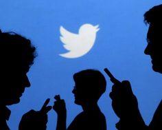 Hoy la red social #Twitter esta cumpliendo 10 años que rápido pasa el tiempo. Felicidades a tan excelente plataforma.  #communitymanager #redessociales #socialmedia #marketing #elcompaprimera
