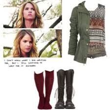 A fashion look from January 2016 featuring cropped shirts, lightweight jackets and red socks. Browse and shop related looks. Teen Wolf Outfits, Indie Outfits, Cute Outfits, Malia Hale, Movie Inspired Outfits, Oufits Casual, Accesorios Casual, Lightweight Jacket, Daily Look