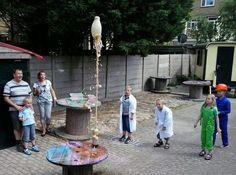 Maak een Cola Fontein in De Kinderwerkplaats te Den Haag.
