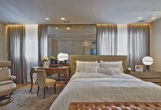 Mix de referências e estilos. Veja: http://casadevalentina.com.br/projetos/detalhes/em-total-integracao-596 #decor #decoracao #interior #design #casa #home #house #idea #ideia #detalhes #details #style #estilo #casadevalentina #bedroom #quarto