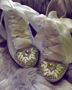 www.jedinecnostaluxus.com Moccasins, Flats, Shoes, Fashion, Penny Loafers, Loafers & Slip Ons, Moda, Loafers, Zapatos