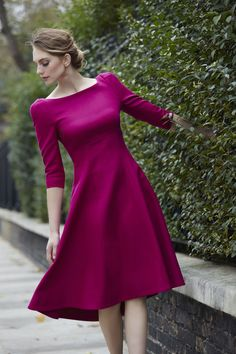Simple Dresses, Pretty Dresses, Casual Dresses, Fashion Dresses, Girls Black Dress, Indian Gowns Dresses, Chic Outfits, Beautiful Outfits, Magenta