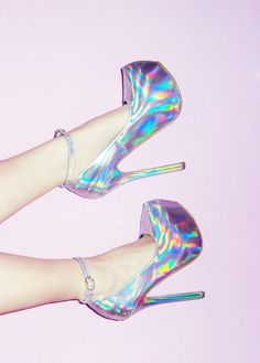 Check out these holographic fashion items: We got a selection of 12 cool items, including skater skirts, high heels shoes, boots, nail polish and more! Pretty Shoes, Beautiful Shoes, Cute Shoes, Me Too Shoes, Holographic Fashion, Holographic Heels, Shoe Boots, Shoes Heels, Holo Shoes