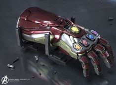 In which Iron Man's Infinity Gauntlet receives design changes. Marvel Comics, Marvel Heroes, Marvel Avengers, Tales To Astonish, Iron Man Art, Funny Marvel Memes, Iron Spider, Spiderman Art, Comic Movies