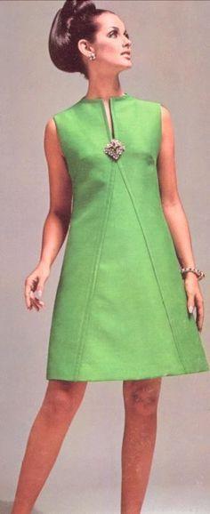 ideas dress pattern a line moda Sixties Fashion, Retro Fashion, Trendy Fashion, Vintage Fashion, Womens Fashion, Vintage Style, Classy Fashion, Mom Fashion, Vintage Inspired
