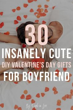 30 Insanely Cute DIY Valentines Gifts for Boyfriend - - Looking for a way to show your boyfriend how much he means to you? These DIY gifts for boyfriend are so special he'll fall in love with you all over again. Diy Valentine's Day Gifts For Boyfriend, Diy Valentine's Gifts For Kids, Funny Boyfriend Gifts, Valentine Gifts For Husband, Cute Valentines Day Gifts, Boyfriend Ideas, Valentines Date Ideas, Boyfriend Boyfriend, Kids Valentines