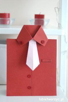 Tutorial, który poprowadzi Was przez wszystkie kroki prowadzące do utworzenia ślicznych kartek w kształcie koszuli! Idealny prezent na Dzień Dziadka lub Dzień Ojca! :) #kartka #dzieńojca #dzieńtaty #dzieńdziadka #koszula #kartkahandmade #card #fathersday #grandfathersday #shirt #card #shirtcard #handmadecard #diy #handmade #tutorial #poradnik #instrukcja #howto #jakzrobic #zrobtosam #zróbtosam #sposóbwykonania #craft #crafts