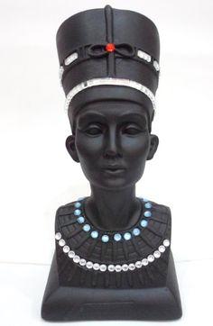 Nefertit - peça em gesso