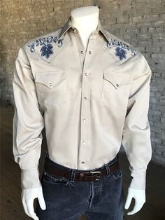 ba59f378dd5 Men s Floral Extra Fine Pinpoint Embroidery Vintage Shirt