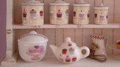 Bakery Cupcakes Bowl for Dollhouse por Twelvetimesmoreteeny en Etsy