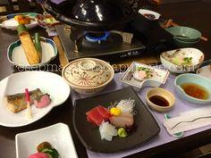 Makan malam tradisional Jepang - 4 Hari Wisata Di Hakone - bagian 2. Hakone, Breakfast, Food, Morning Coffee, Essen, Meals, Yemek, Eten