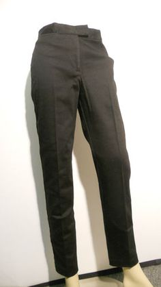 EXPRESS PANTS IN BLACK  SIZE 3/4  PRE-OWN  SOLD!!