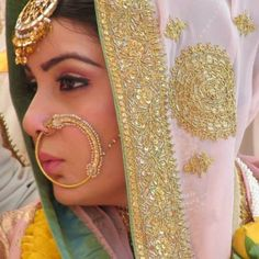 Her nose ring on wedding day is life Big Indian Wedding, Traditional Indian Wedding, Desi Wedding, Indian Bridal, Wedding Bride, Punjabi Bride, Punjabi Wedding, Sikh Bride, Indian Dresses