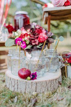 Hochzeitsinspiration: Ein Boho-Traum in Beeren-Farben DIANA FROHMÜLLER http://www.hochzeitswahn.de/inspirationsideen/hochzeitsinspiration-ein-boho-traum-in-beeren-farben/ #wedding #inspo #boho