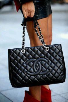 Du Liebst Handtaschen Wir Haben Jetzt Fur Dich Eine Grosse Auswahl