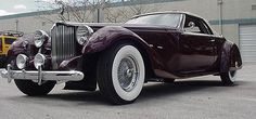 """Budd Bayliff built this """"1949"""" Packard, based on modern Ford parts."""