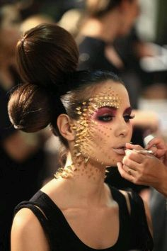 Gold punk fantasy make up