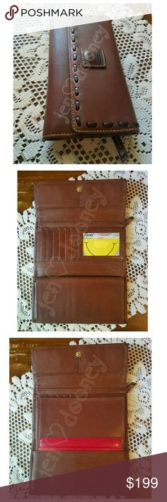 ❤FINAL PRICE❤Dooney & Bourke Florentine Wallet D&B Florentine Leather Wallet with checkbook cover in Chestnut w/T-Moro stitching. In great condition with very minor wear or patina showing. 🔫TX Handgun license not included🔫 🚬🆓🐶🐱🆓🏠 ⭐REASONABLE OFFERS ENTERTAINED⚘ ❌TRADES❌HOLDS❌LOWBALL OFFERS😬 Dooney & Bourke Bags Wallets