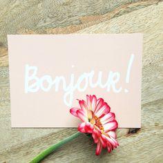 Bonjour  ansichtkaart wenskaart pastel kleur koraal door XantheCS
