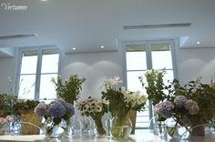 Flowers everywhere ! #floraldesign #atelievertumne  Vertumne : 12 Rue de la Sourdière Paris 01 42 86 06 76